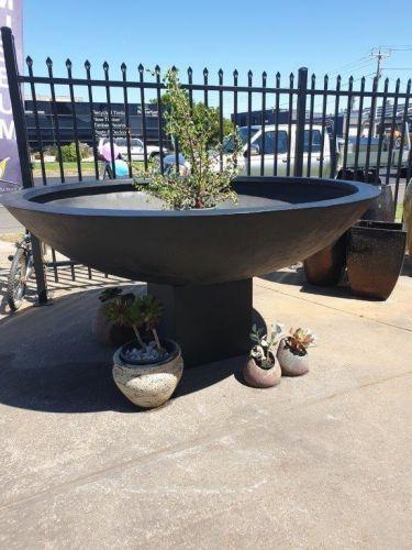 Giant planter bowl 2.0 meter